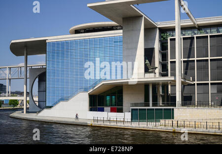 Germany, Berlin, Marie Elisabeth Luders Haus which is a service centre of the Bundestag located across the River - Stock Photo