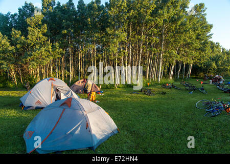Campsite of bicycle tourists on the Blackfeet Indian Reservation, Montana, USA. - Stock Photo