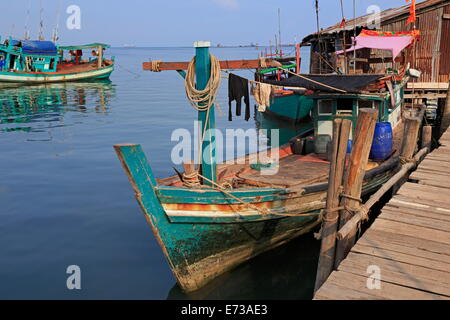 Fishing village in Sihanoukville Port, Sihanouk Province, Cambodia, Indochina, Southeast Asia, Asia - Stock Photo