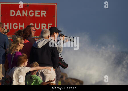 Dana Point, California, USA. 5th September, 2014. Spectators once again flocked to the beaches along the coast of - Stock Photo