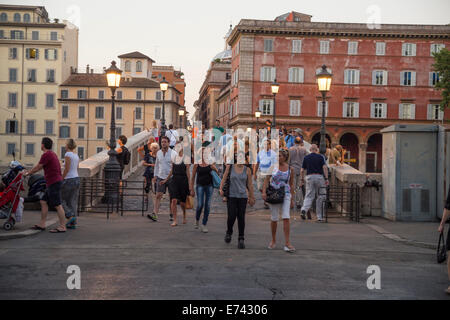 Rome, Italy. People walking on Ponte Sisto to go in Piazza Trilussa, Trastevere - Stock Photo