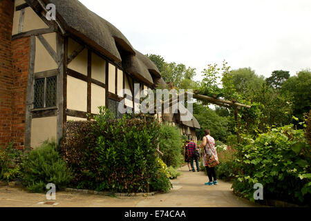 Photo of Ann Hathaway's Cottage and garden - Stock Photo
