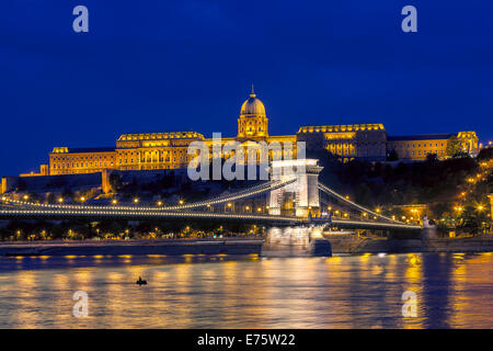Chain Bridge with castle hill at the blue hour, Budapest, Hungary - Stock Photo