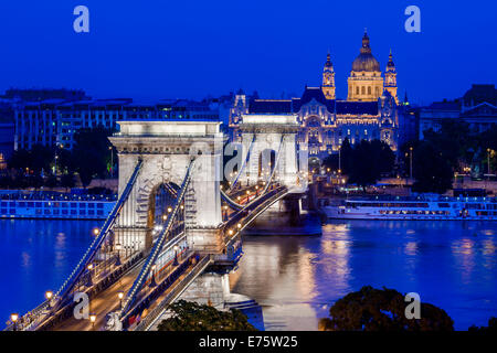 Chain Bridge with St. Stephen's Basilica at the blue hour, Budapest, Hungary - Stock Photo
