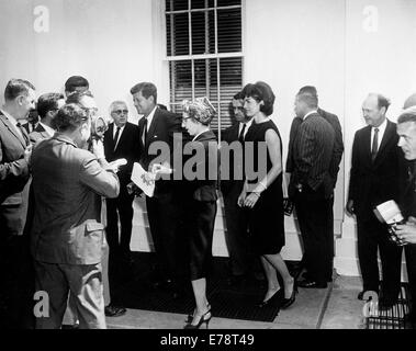 President John F Kennedy and First Lady Jacqueline Kennedy - Stock Photo