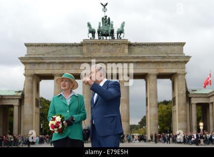 Berlin, Germany. 10th Sep, 2014. Queen Margrethe II of Denmark and Berlin's acting mayor Klaus Wowereit pose in - Stock Photo