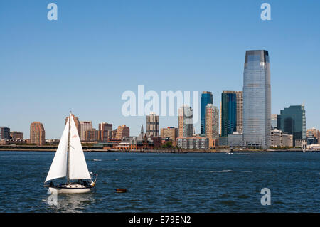 Battery Park City. A large green area with a promenade along the Hudson River, beginning at the southern tip of - Stock Photo