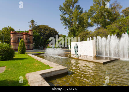 Monumento a Juan Sebastian Elcano, Monument of Juan Sebastian Elcano, Maria Luisa Park, Parque de Maria Luisa, Seville