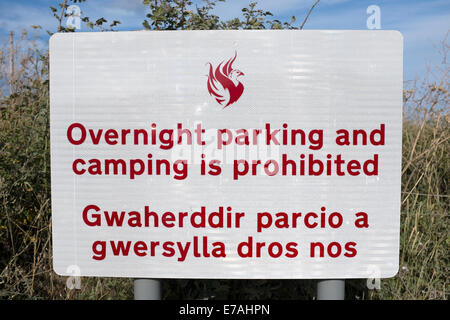 Overnight Parking Prohibited Car Park Welsh Sign - Stock Photo