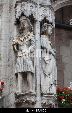 William of Brunswick-Lüneburg and Helen, historic Town hall, Old town market square, Brunswick, Lower Saxony, Germany - Stock Photo