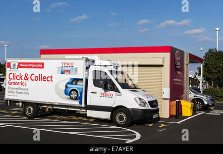 tesco delivery van at click and collect point stock photo royalty free image 73385154 alamy. Black Bedroom Furniture Sets. Home Design Ideas