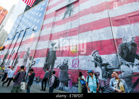 New York, USA. 11th September, 2014. A mural by the artist  Mr. Brainwash is seen on the side of the Century 21 - Stock Photo
