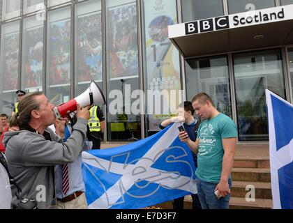 Glasgow, Scotland. 14th September, 2014. BBC Protest march. A significant amount of 'yes' voters marched through - Stock Photo