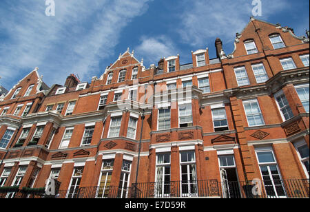 Red brick apartment building in Manhattan, New York City Stock Photo ...