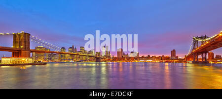 View on Manhattan from Brooklyn - Stock Photo