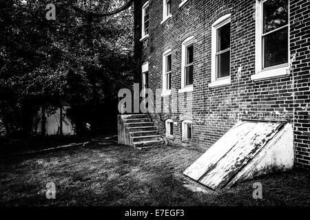 Abandoned building in Bairs, Pennsylvania. - Stock Photo