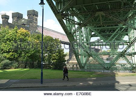 The Runcorn Railway Bridge (L) and the Runcorn - Widnes Bridge (Silver Jubilee Bridge)(R) as seen from Runcorn, - Stock Photo