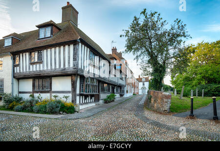 Cobblestone streets andhalf timbered Tudor houses in Rye, East Sussex - Stock Photo