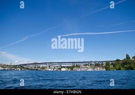 Ship canal bridge, Lake Union, Seattle - Stock Photo
