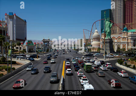 Traffic at the intersection of Tropicana Avenue and Las Vegas Boulevard (The Strip), Las Vegas, Nevada, USA - Stock Photo