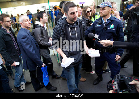 Sydney, Australia. 19th Sep, 2014. IT reviewer David Rahimi who is editor-in-chief at PhoneBuff.com from Laguna - Stock Photo