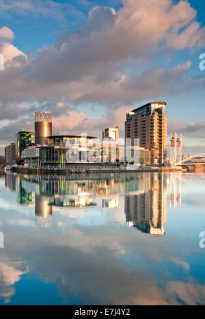 The Lowry Centre & Theatre, Salford Quays, Greater Manchester, England, UK - Stock Photo