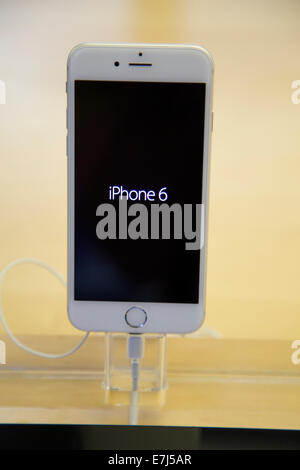 Sydney, Australia. 19th Sep, 2014. The new iPhone 6 on the launch day at the flagship Apple store on George Street - Stock Photo