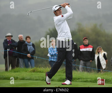 Newport, Wales. 20th Sep, 2014. ISPS Handa Wales Open Golf. Day 3. Lee Slattery drives Credit:  Action Plus Sports/Alamy - Stock Photo