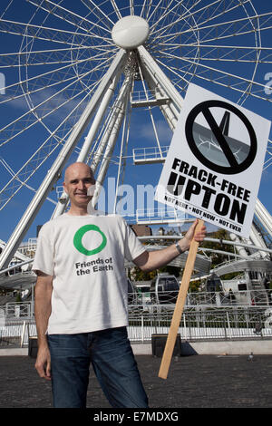 Manchester, UK  21st September, UK.  Peter Benson from Chester at the Frack Free Greater Manchester's rally and - Stock Photo
