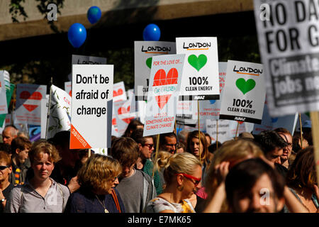 London, UK. 21st Sep, 2014. Climate March in London on Sunday 21 September 2014 from Temple to the Houses of Parliament, - Stock Photo