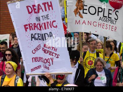 Peoples Assembly Manchester, UK  21st September, UK. Death on the fracking agenda: poster at Frack Free Greater - Stock Photo