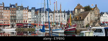 Old harbour / Vieux Bassin with its Lieutenancy and houses with slate-covered frontages at Honfleur, Normandy, France - Stock Photo