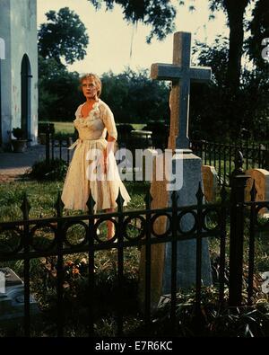 Hush, Hush, Sweet Charlotte Year : 1964 USA Director : Robert Aldrich Bette Davis - Stock Photo
