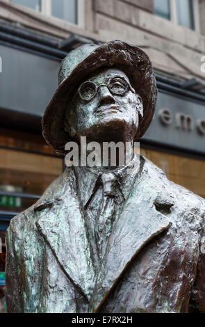 Statue of James Joyce on Earl Street North, Dublin City, Republic of Ireland - Stock Photo
