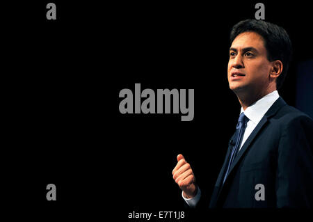 Manchester, UK. 23rd Sep, 2014. Ed Miliband Labour Party Leader gives his speech to the Labour Conference in Manchester - Stock Photo