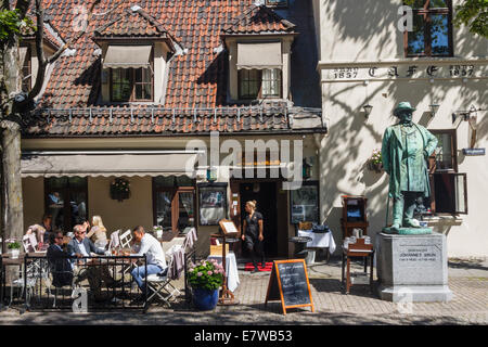 Engebret cafe, Oslo's oldest restaurant founded in 1857. Oslo, Norway - Stock Photo