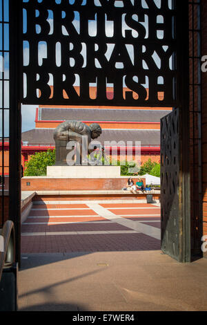 Entry gate to British Library on Euston Road with Paolozzi's statue of Wm Blake's study of Sir Isaac Newton, London, - Stock Photo