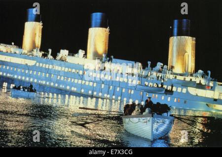 TITANIC 1997 Paramount/Twentieth Century Fox film directed by James Cameron - Stock Photo