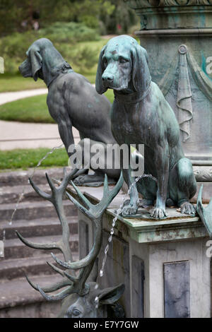 Detail of the fountain of Diana in the garden palace Fontainebleau, France - Stock Photo