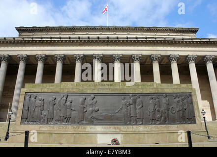The Cenotaph War Memorial In Liverpool In Front Of St George's Hall - Stock Photo
