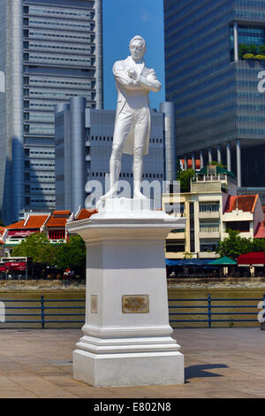 Statue of Sir Thomas Stamford Raffles on North Boat Quay in Singapore, Republic of Singapore - Stock Photo