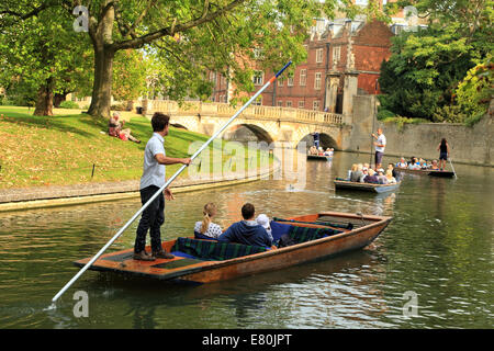 Punting in front of St John's college, Cambridge, UK. - Stock Photo