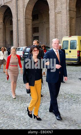 Parma, Italy. 27th Sep, 2014. Princess Maria Teresa de Bourbon Parme and Prince Carlos de Bourbon Parme arrive at - Stock Photo