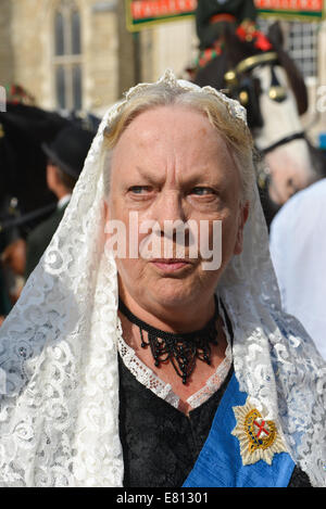 Guildhall Yard, London, UK. 28th September 2014.  Queen Victoria at the annual  London Pearly Kings & Queens Society - Stock Photo