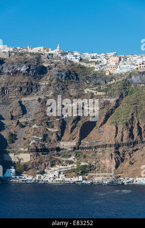 A view of the path up from the Old Port to the town of Thira in Santorini - Stock Photo