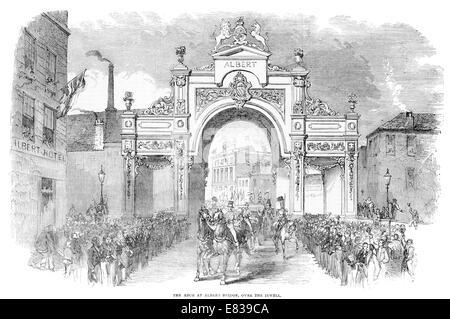 Arch at Albert bridge over the river Irwell Manchester circa 1853 - Stock Photo