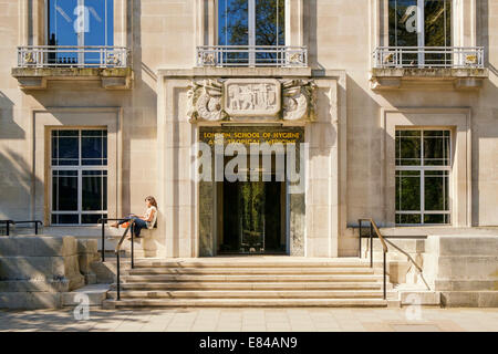 Entrance to the London School of Hygiene and Tropical Medicine University of London UK - Stock Photo