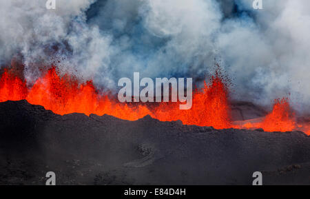 Lava fountains and Plumes- Holuhraun Fissure eruption near the Bardarbunga Volcano, Iceland. - Stock Photo