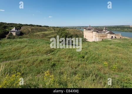 Khotyn fortress: Yasski Gate, Western Bastion, Castle - Stock Photo