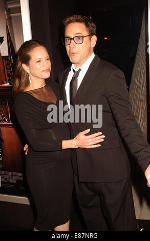 Los Angeles, California, USA. 1st Oct, 2014. Robert Downey Jr. & Wife attend .the Premiere Of ''The Judge'' at the - Stock Photo